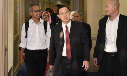 Menteri, Penasihat Bercanggah Akibat Mahu Tutup Kesalahan