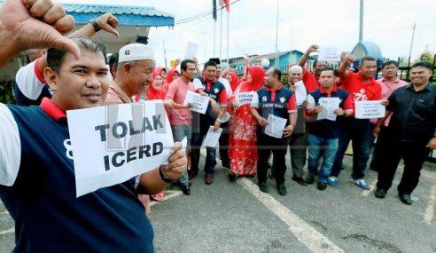 Ahli UMNO Buat Laporan Ke Atas Waytha Moorthy