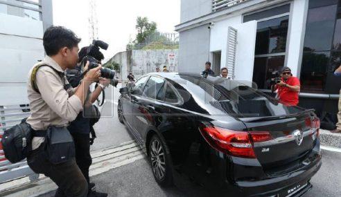 Rosmah Di SPRM Bantu Siasatan Kes Projek Solar