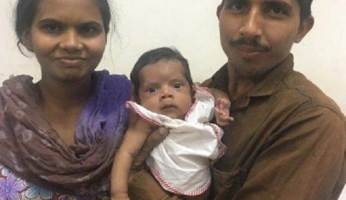 'Kembar' Tumpang Tubuh Bayi Lelaki Berjaya Dipisah