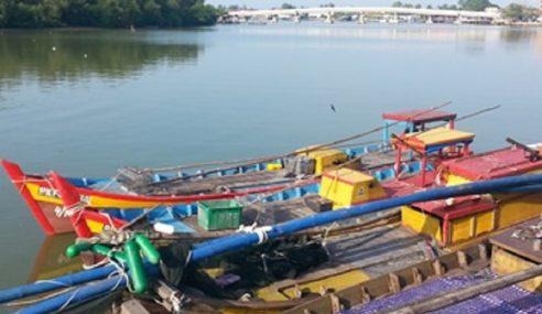3 Bot Nelayan Kutip Kerang Tanpa Lesen Dicekup