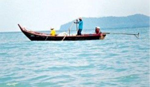 Seorang Nelayan Dikhuatiri Hilang Di Melaka