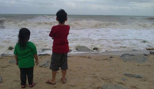Awasi Anak Musim Tengkujuh, Elak Tragedi – Tengku Abdullah
