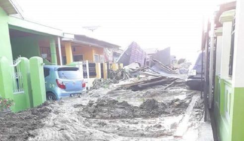 Masyarakat Palu Terus Diuji, Kini Dilanda Banjir Lumpur