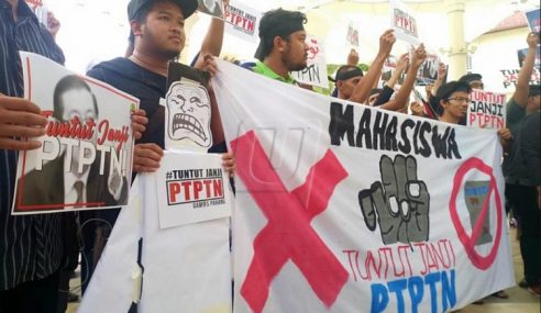 PTPTN: Ratusan Siswa Himpun Marah Ditipu PH