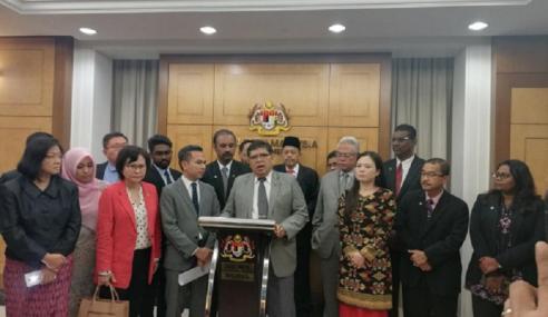 Solidariti Anggota Parlimen Usul Bincang Insiden Kuil