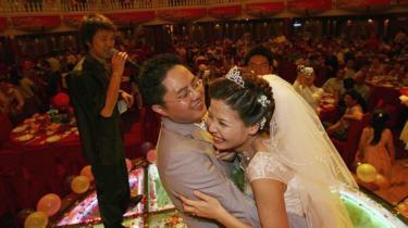 Kerajaan China Mahu Hentikan Majlis Kahwin Melampau, Membazir