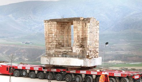 Turki Pindahkan Masjid Bersejarah Berusia 610 Tahun