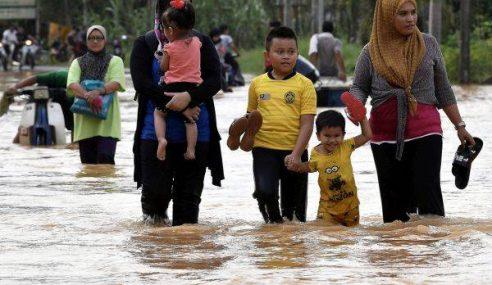 Mangsa Banjir Di Kuantan Sedikit Berkurangan