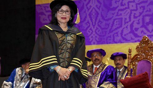 Rafidah Aziz Dianugerah Ijazah Kehormat Dalam Pentadbiran Perniagaan