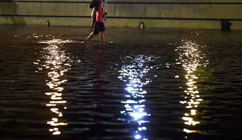Banjir Di Kuantan Semakin Buruk