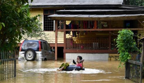 Banjir Di Terengganu Pulih, 4 PPS Terakhir Di Kemaman Ditutup 11 Pagi