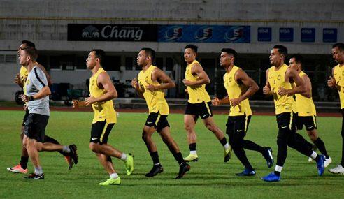 Skuad Harimau Malaya Berlatih Di Stadium Kasetsart