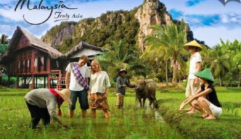 288,670 Pelancong Sertai Program Inap Desa Dari Jan – Okt Tahun Ini