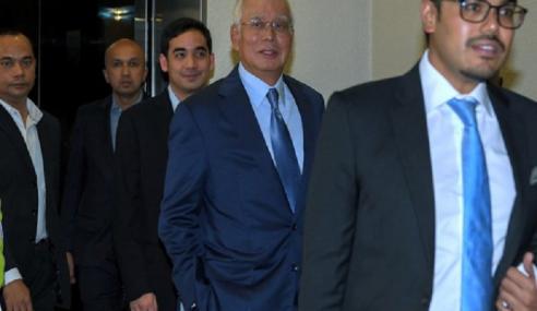 Najib Selesai Keterangan Di SPRM Isu Pinda Laporan