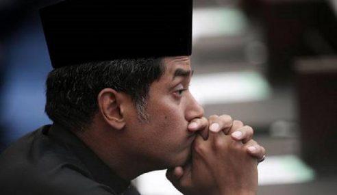 Khairy 'Pujuk' Nurul Izzah