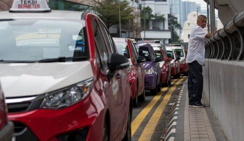 Pemandu Teksi Gesa Kementerian Pengangkutan Adakan Pertemuan