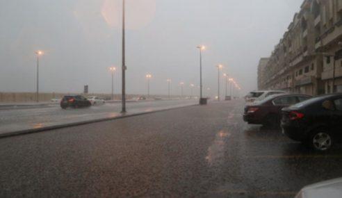 Bencana Banjir, Ribut Pasir Landa Arab Saudi