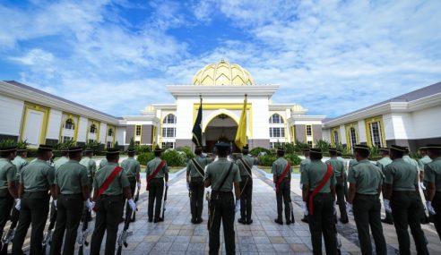 Raptai Istiadat Lafaz Sumpah Agong Ke-16 Lancar