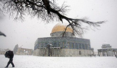 Al-Aqsa Dibadai Lagi Ribut Salji Selepas 4 Tahun