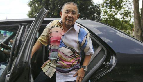 Isa Samad Gagal Dapatkan Pasport Tunai Umrah