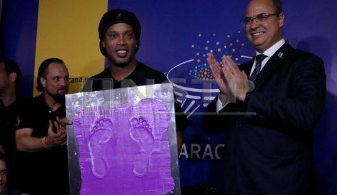 Tapak Kaki Ronaldinho Di Maracana