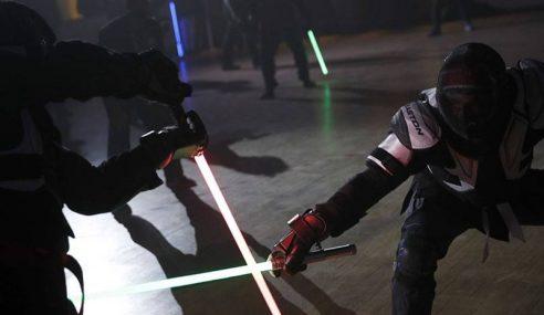 Pertarungan 'Lightsaber' Diiktiraf Sukan Rasmi