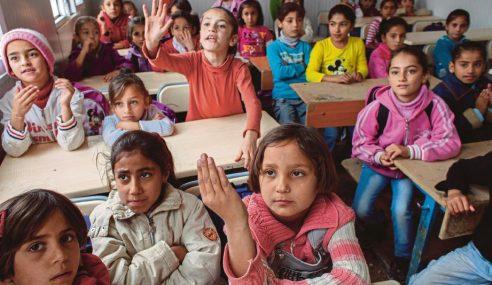 Kanak-Kanak Syria Terpaksa Kahwin Muda