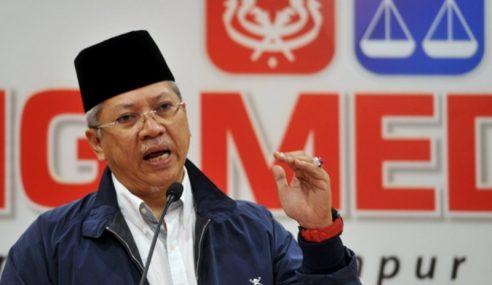 Bekas Ahli UMNO Keluar Parti Akan Disaman