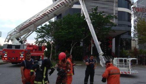 6 Maut, 1 Parah Dalam Kebakaran Pusat Hiburan