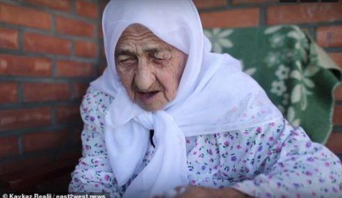 Wanita Tertua Dunia Meninggal Dunia Ketika Berdoa