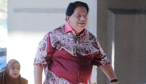 Pasport Tengku Adnan Dikembalikan Sementara