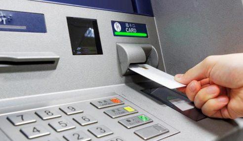 Polis Tahan 3 Lelaki Pasang Peranti Penggodam ATM