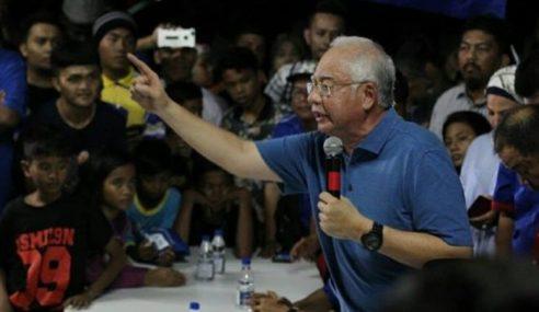 Najib Saran PH Mandi Air Terjun Kalau 'Panas'