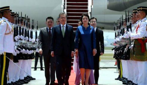 Presiden Korea Selatan Tiba Di Malaysia