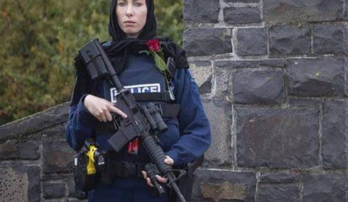 Hijab Pegawai Polis NZ Tarik Perhatian