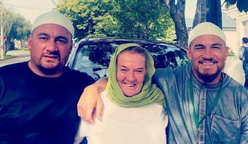 Ibu, Rakan Baik Sonny Bill Williams Peluk Islam