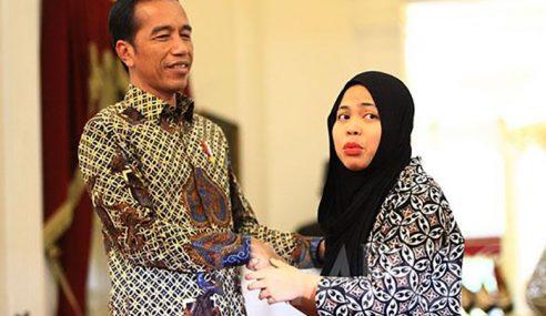 """Bebas Siti Aisyah: """"Kalau Baca Komen Mahathir Jadi Malu"""""""