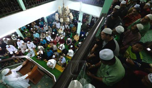 Lebih 3,000 Hadiri Munajat, Solat Hajat Perdana