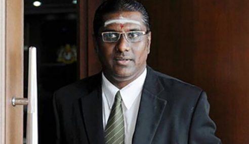 Nama Allahyarham Nik Aziz 'Kena Petik' Di Parlimen