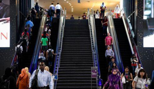 8 Daripada 10 Pekerja Di Malaysia Harap Bonus Tahunan