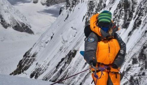 Ais Cair Di Gunung Everest, Mayat Pendaki Ditemui Semula