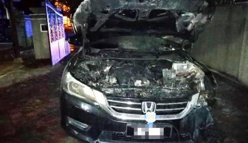 Kereta Rasmi Mufti Perlis Musnah Dibakar