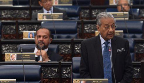 Mahathir Elak Jawab Isu Palsu Kelayakan Akademik