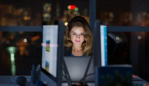 Wanita Kerja Syif Malam Berisiko Menopaus Lebih Awal
