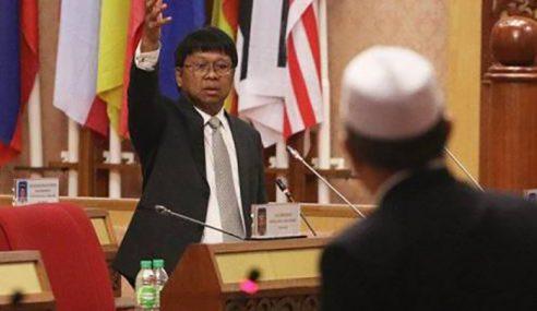 DUN Perak Kecoh Isu 'Kafir' Kerjasama UMNO, PAS