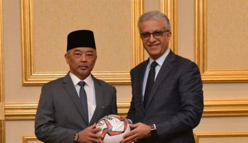 Al-Sultan Abdullah Tokoh Inspirasi Bola Sepak Malaysia, Asia