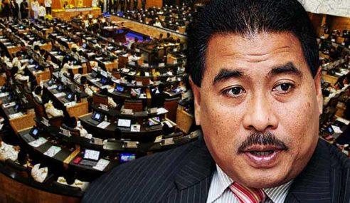 8 'Pelakon Hebat' Dewan Rakyat, Syed Saddiq Hero