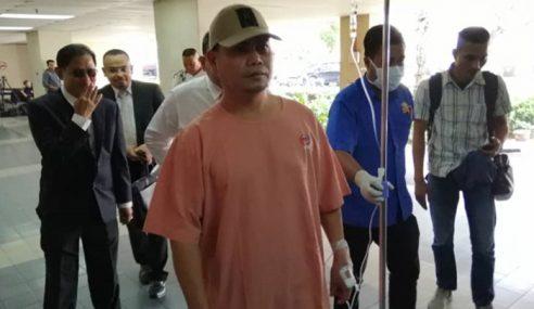 Jamal Hadir Mahkamah Naik Ambulans, Bawa 'Drip Stand'