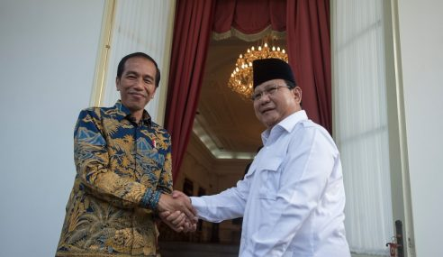 Pilpres 2019: Jokowi Selesa Dahului Prabowo